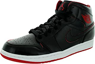 68e967bdde3c Amazon.com  nike black red - 13   Fashion Sneakers   Shoes  Clothing ...