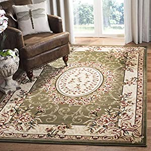Safavieh Lyndhurst Collection LNH328B Traditional European Medallion Non-Shedding Stain Resistant Living Room Bedroom Area Rug, 8′ x 11′, Sage / Ivory