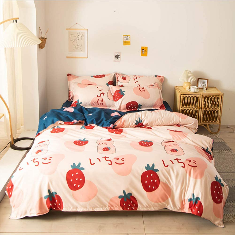 Xiongfeng Girls Duvet Cover Sets Queen Size Strawberry Fruit Love Print Kids Blush Pink Bedding Set Cute Soft Reversible Blue Microfiber 3 Pieces Comforter Cover with Zipper Closure