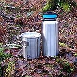 Botella de agua de 1000 ml y taza de acero inoxidable de 750 ml con colgador y bolsa de almacenamiento.