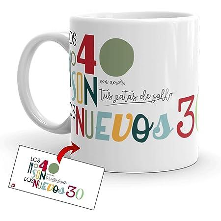 Kembilove Tazas de Desayuno Simpáticas – Tazas de Café Divertidas y Graciosas con Mensaje Los 40 años no Son los nuevos 30 con Amor, Tus Patas de Gallo – Tazas Originales de cerámica de 350 ml