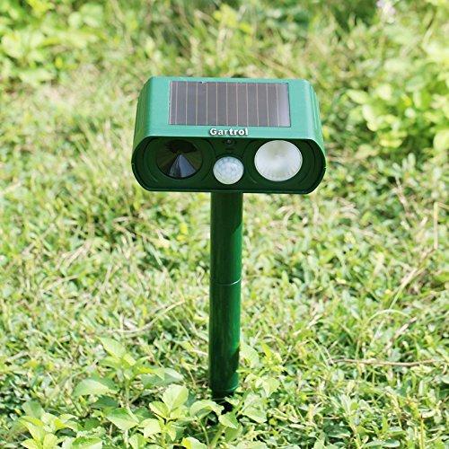 Gartrol Outdoor Solar Power Ultrasonic Cat Dog Animal Repeller Rodent and Pest Repellent Eliminator Pest Control PIR Sensor