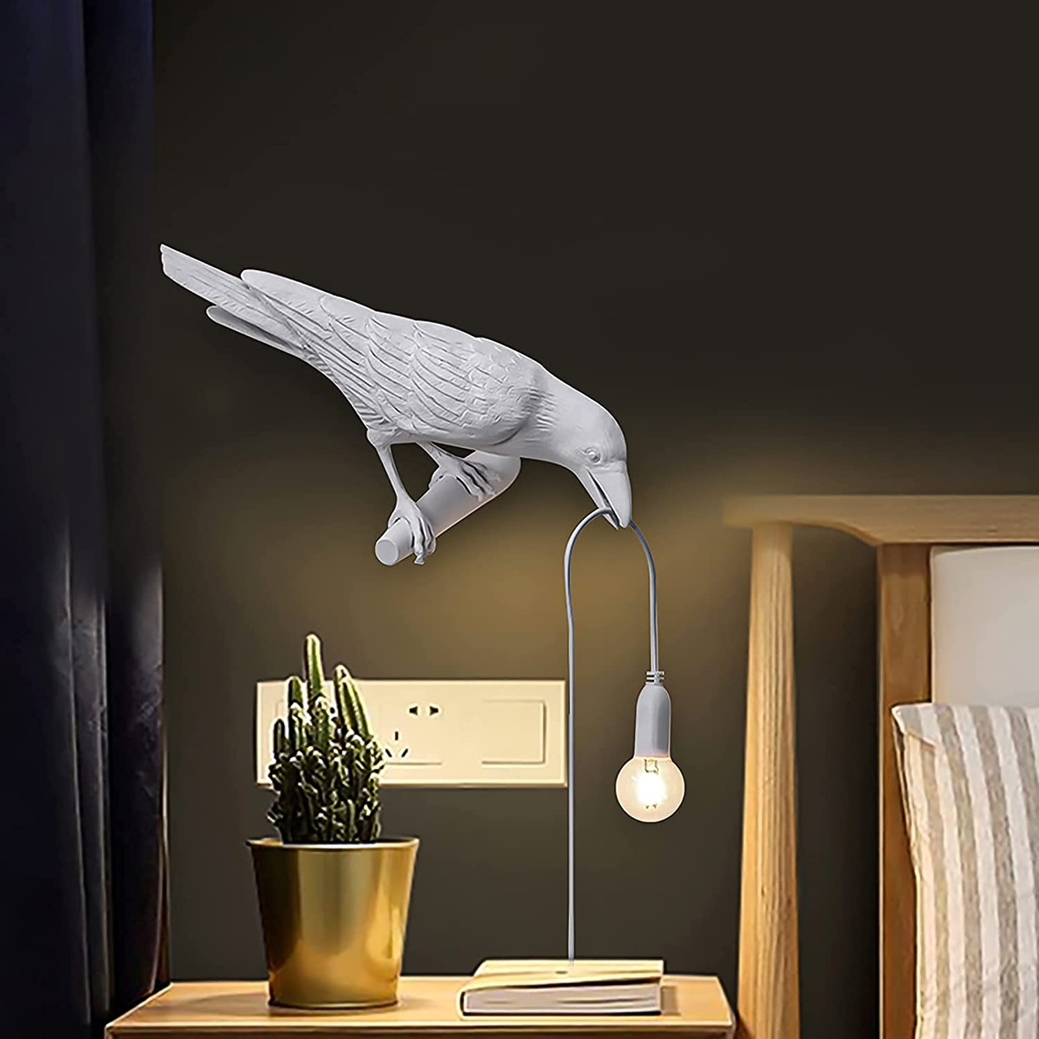 Raven Wall Sconce Resin Crow Lamp Table Birds Outlet SEAL limited product SALE Creative Desk