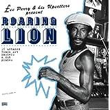 Roaring Lion [アナログ輸入盤 / 2LP] (PSLP082)