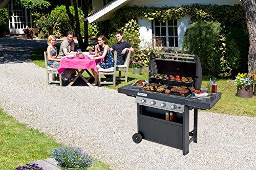Campingaz Barbecue à Gaz Class 4 LBD, 4 Brûleurs en Inox, Puissance 12.8kW , Système de Nettoyage Facile InstaClean, Grille et Plancha en Acier Double Émaillage, 2 Tablettes Latérales