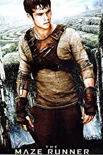 Dylan O'Brien Signed - Autographed The Maze Runner 10x15 Photo - Guaranteed to pass BAS - Beckett Authentication
