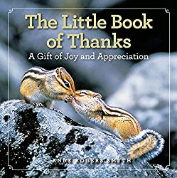 Thank you gifts for your wedding planner include this little book of thanks.
