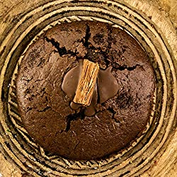 WINNERS OF BAKERY OF THE YEAR AWARD. Handmade in our small family run bakery in the Midlands. We have over 20 years of experience in fine baking. This cake has at least 28 days until expiry HAND-WHIPPED CHOCOLATE BUTTERCREAM AND CHOCOLATE FILLING. Th...