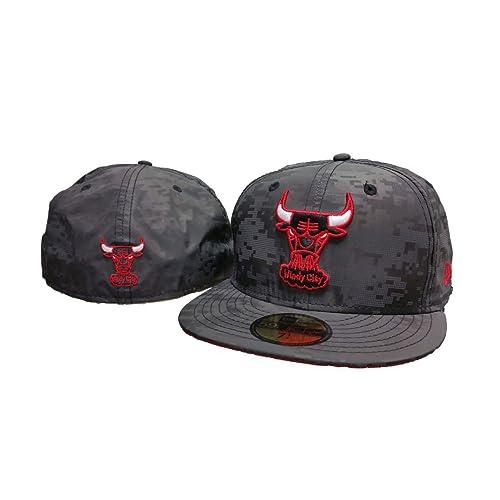 69b3e682f39 New Era NBA Chicago Bulls Digiflect Black Fitted 59Fifty Hat