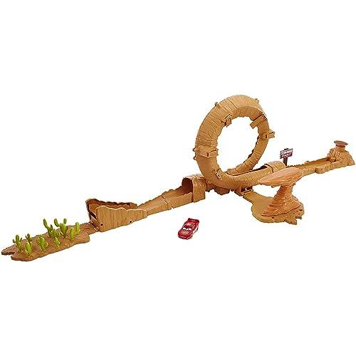 Disney Pixar Cars Coffret Piste modulable de Radiator Springs 3 en 1 pour voitures, véhicule Flash McQueen inclus, jouet pour enfant, DVF40