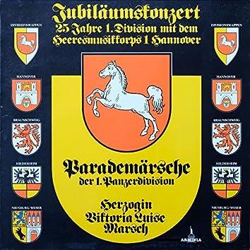 Jubiläumskonzert - 25 Jahre 1. Division mit dem Heeresmusikkorps 1 Hannover: Parademärsche der 1. Panzerdivision - Herzogin Viktoria Luise Marsch