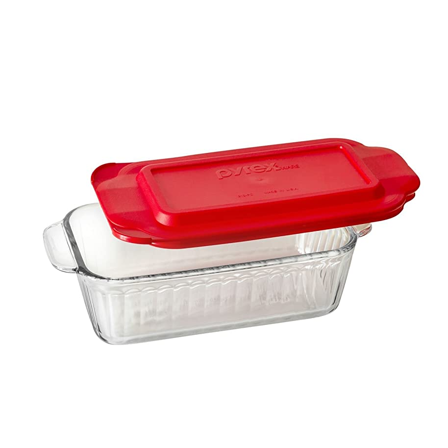 Pyrex Sculpted 1.5-qt Loaf Pan w/ Red Lid