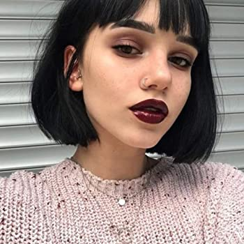 Amazon Com Queentas Black Short Bob Wig With Bangs Straight Blunt Cut Chin Medium Length Natural Synthetic Hair Daily Halloween Wigs For Black Women 10inches Natural Black 1b Beauty