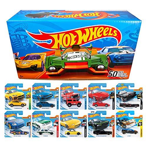 Hot Wheels CGN22 - 50er Pack 1:64 Die-Cast Fahrzeuge extra großes Geschenkset, je 50 Spielzeugautos, zufällige Auswahl, ab 3 Jahren