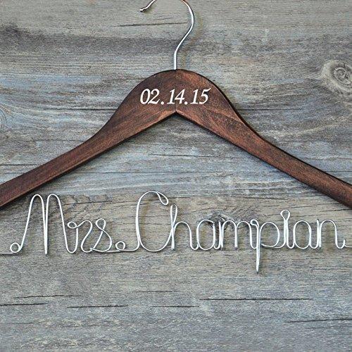Custom para percha con fecha, personalizable, de novia vestido de novia percha de boda de madera, personalizados, personalizado rústico) percha