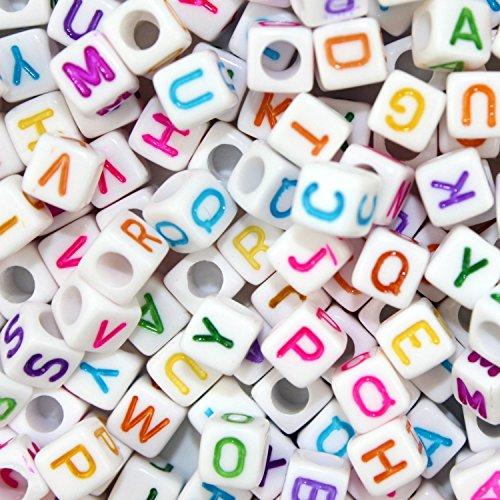 Perlas Blancas de plástico acrílico, 600 Piezas, de 6 x 6 mm. Perlas en Forma de Dado con Las Letras del Alfabeto, de la A a la Z, de Colores. para Collares, llaveros y Joyas para niños