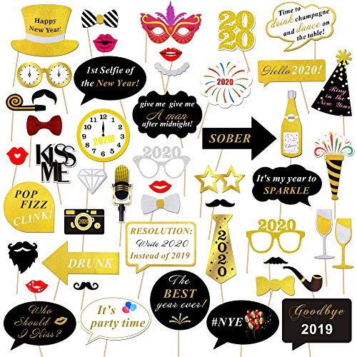 Konsait 50pcs Año 2020 Photo Booth Props Cabina de Fotos Accesorios Photocall Divertido DIY Kit para Adultos Niños Mujeres Hombre Máscaras Sombrero lunettes 2020 Año Decoración Favor