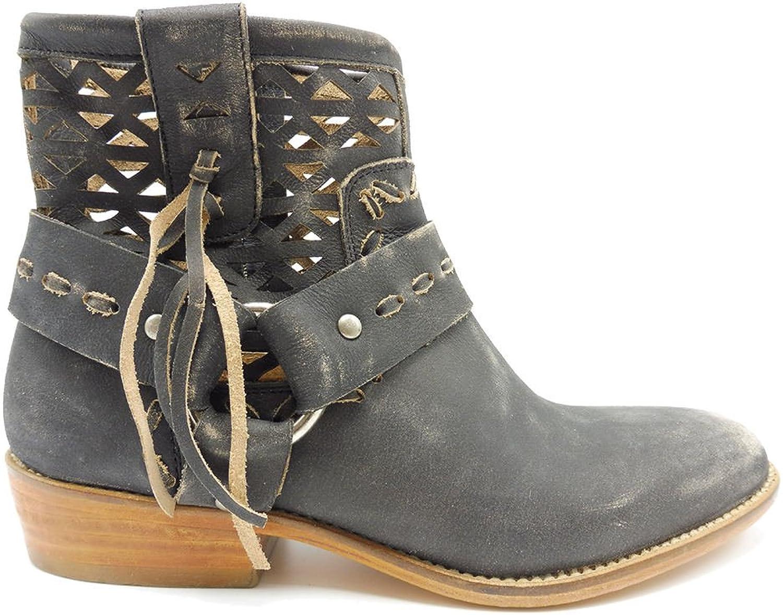 Musse & Cloud Anya - Black Distressed Leather Rustic Western Bootie