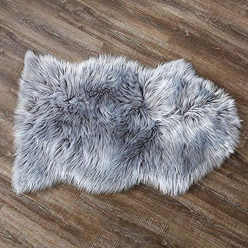 ZCZUOX Faux Schaffell Teppich, Faux Lammfell-Teppich Lang Kunstfell Schaffell Imitat Faux Bett-Vorleger Oder Matte für Stuhl Sofa for Wohnzimmer Schlafzimmer (Grau, 60x90cm)