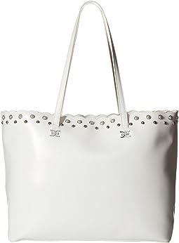 Viola Scallop Pearl Handbag