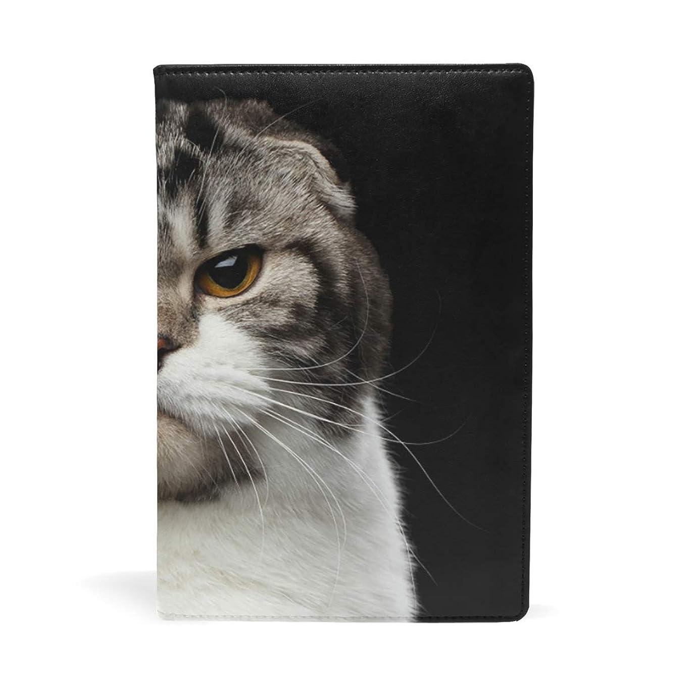 性交バッチ召集する猫柄 ブックカバー 文庫 a5 皮革 おしゃれ 文庫本カバー 資料 収納入れ オフィス用品 読書 雑貨 プレゼント耐久性に優れ