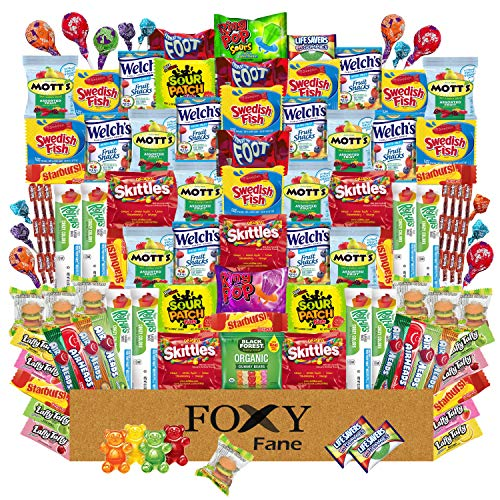 Foxy Fane 99 count Candy Gift Box - Ultimate Basket with Variety Assortment of Gummies & Candy - Licorice Sour & Fruit Flavored, Taffy, Lollipops & Suckers - Bulk Bundle of Delicious Treats (99 Packs)