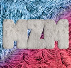 MonsterZ MATE「hero_」の歌詞を収録したCDジャケット画像