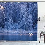 Winter Duschvorhang, Schwäne Schwimmen See Dämmerungswald Dramatische idyllische Natur ICY Schneewetter Ländliche Szene, 72 'lang, blau