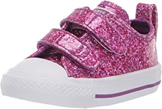 Kids' Chuck Taylor All Star 2v Glitter Low Top Sneaker