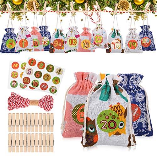 Tocawe Adventskalender zum Befüllen - Stoffbeutel, 24 Weihnachten Geschenksäckchen mit Aufkleber, Mini-Holzklammern und 10m Jute Hanfseile, Weihnachtskalender tüten Geschenkbeutel 13.5*9.5cm(Stil A.)