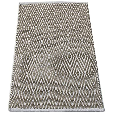 Chardin home 100% Cotton Diamond Rug, Fully Reversible Mat, Machine Washable, 34  L x 21  W, Linen and White