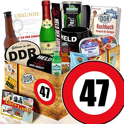 DDR Geburtstagsgeschenk / Männer Geschenk DDR / Zahl 47 / Geschenkkorb Freund