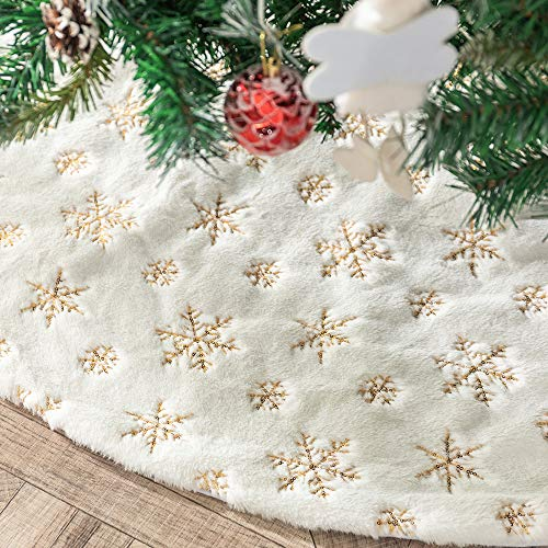 Tenrany Home Plush Faux Fur Christmas Tree Skirt, 90cm Embroidery Xmas Tree Base Cover Mat with Gold Snowflakes for Merry Christmas New Year Home Holiday Party Decoration (Gold, 90cm)