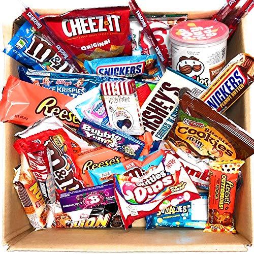 Kleiner Amerikanische Mistery Box Süßigkeiten Geschenkkorb Süßigkeiten | Produkte in einer tollen retro Geschenkebox Süßigkeitskorb Geschenkidee süße und herzhafte Snacks zum Geburtstag, Weihnachten