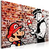 murando - Bilder Banksy Super Mario Mushroom Cop 90x60 cm Vlies Leinwandbild 3 Teilig Kunstdruck modern Wandbilder XXL Wanddekoration Design Wand Bild - Street Art Graffiti Urban Ziegel...