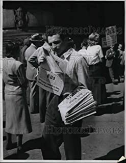 Vintage Photos Historic Images Press Photo Kramer The Papers - 8.5 x 6.75 in