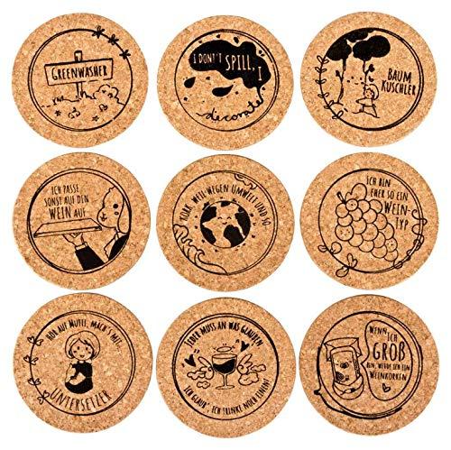 Untersetzer aus Kork mit lustigen & witzigen Sprüchen | Naturkork Untersetzer Bedruckt | Glasuntersetzer aus Kork | 9er-Set | Ø = 9 cm | für Biergläser, Weingläser & Tassen | für WGs | Geschenkidee