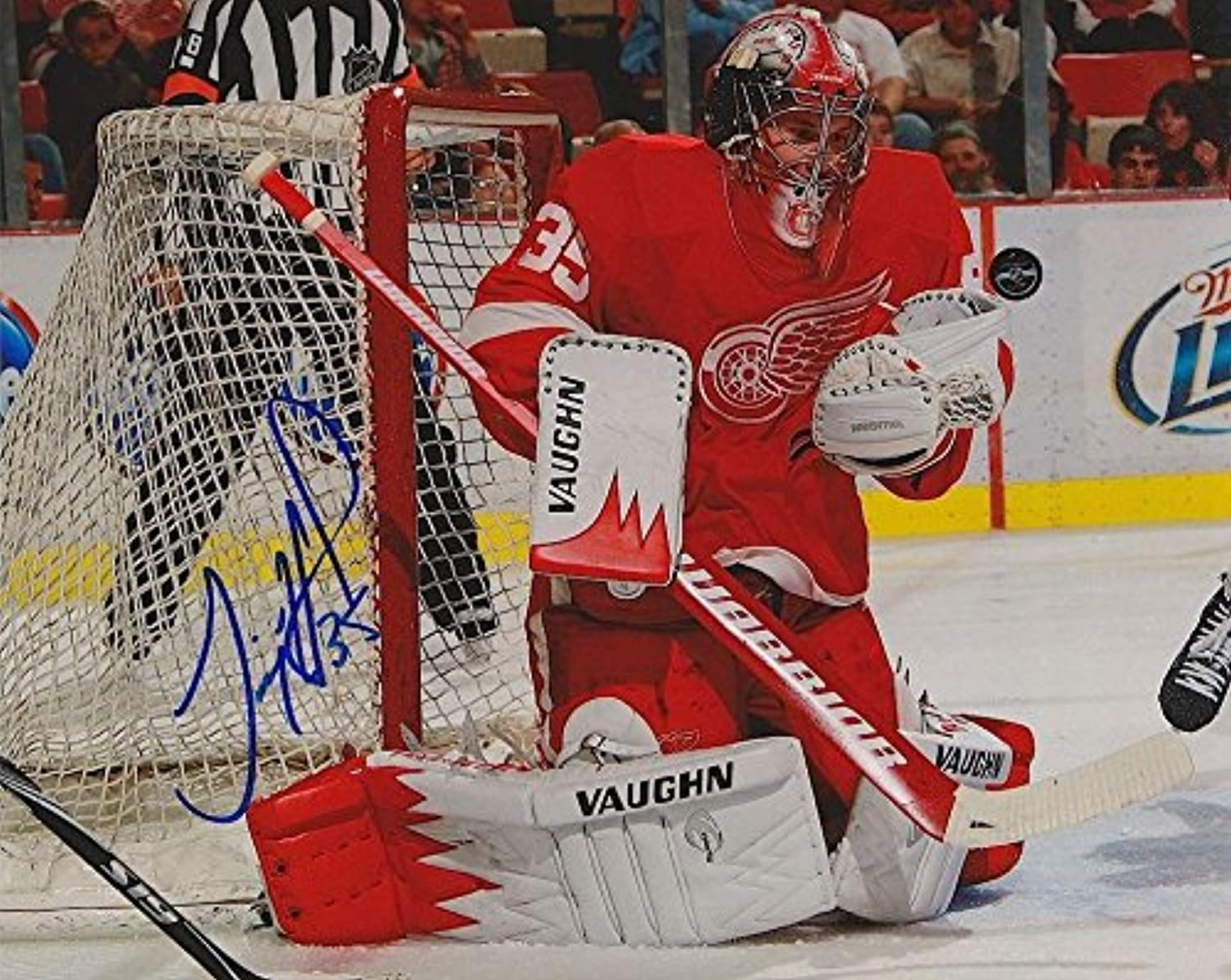 Autographed Jimmy Howard Photo  8X10 w COA  Autographed NHL Photos