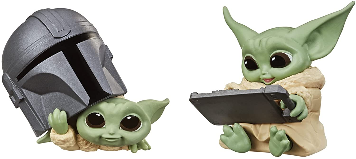Star Wars The Bounty Collection Series 3 The Child Figures 2.25-Inch-Scale Helmet Peeking, Datapad Tablet Posed Toys 2-Pack, Ages 4 and Up