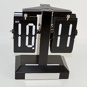 Étude pendulettes de bureau pour enfants horloge salon créatif horloge la petite horloge horloge créatrice de mode l'horloge flip simple et à la mode