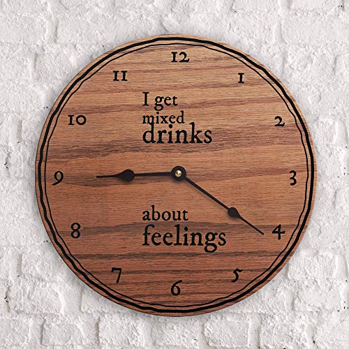 Citaten op het drinken van gemengde dranken Grappig drinken zegt Martini Margarita Long Island Ice Tea Ik krijg gemengde drankjes over gevoelens klok slechts 15