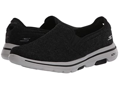 SKECHERS Performance Go Walk 5 Wash-A-Wool Flint (Black/White) Men