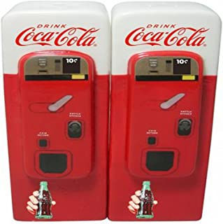 Coca-Cola Vending Machine: Home Collectible Salt and Pepper Shaker Set by Sunbelt Gifts