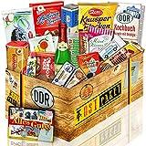 Süssigkeiten Box mit DDR Waren – Rotkäppchen Sekt Piccolo, Pfeffi Stangen, Mintkissen Viba uvm. +++ Ostprodukt DDR Box als Geschenkkorb mit DDR...