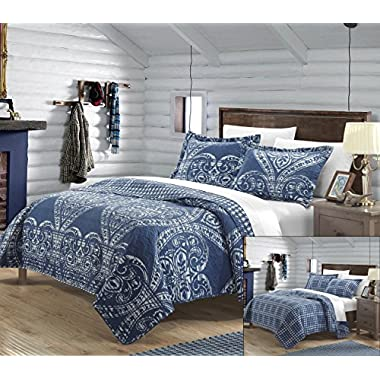 Perfect Home 3 Piece Pastola REVERSIBLE printed Quilt Set. Front a traditional pattern and Reverses into a houndstooth pattern, Queen, Navy