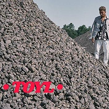Toyl (feat. Julio)
