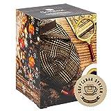 Corasol Premium Coffee & Crime Kaffee-Adventskalender XXL 2021, 24 Kaffees aus aller Welt im Coffeebag & Krimi-Booklet mit 24 Rätseln (240 g)