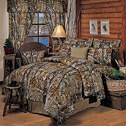 Realtree All Purpose Camouflage 9 Pc King Comforter Set (1 Comforter, 1 Flat Sheet, 1 Fitted Sheet, 2 Pillow Cases, 2 Shams, 1 Square Accent Pillow, 1 Bedskirt)