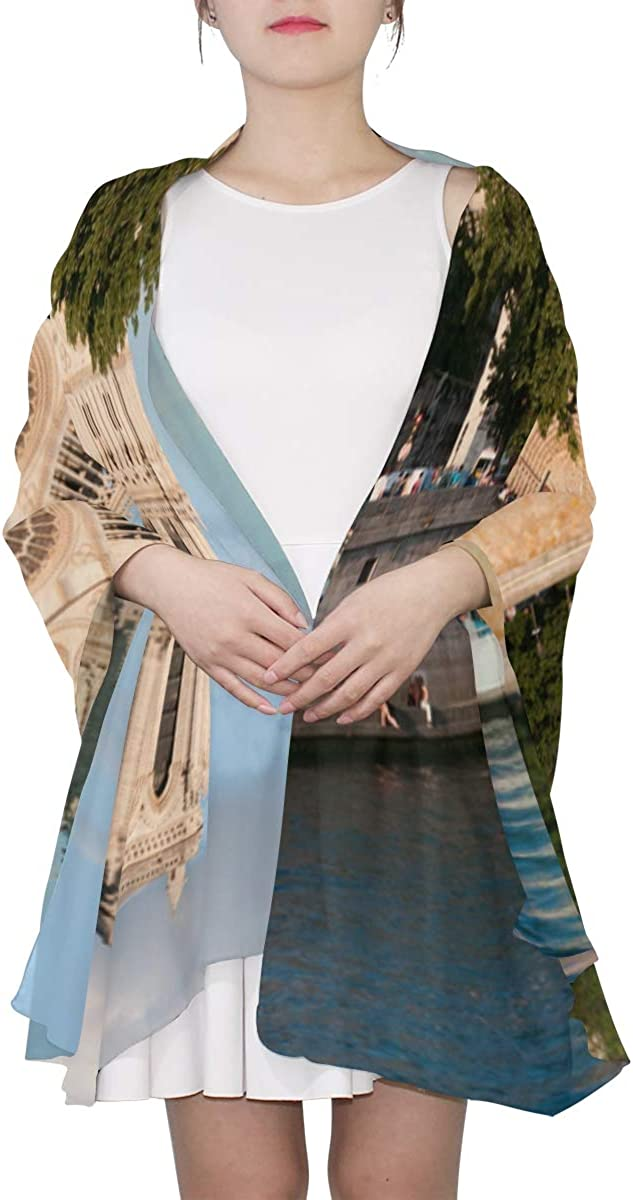 Beautiful Notre Dame De Paris Unique Fashion Scarf For Women Lightweight Fashion Fall Winter Print Scarves Shawl Wraps Gifts For Early Spring