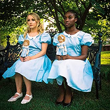 Ebony & Goldilocks (feat. Paris Lndn & Natas)